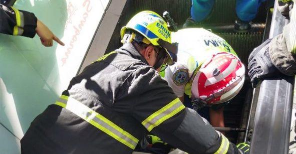 Hombre muere en las escaleras eléctricas de centro comercial en Insurgentes