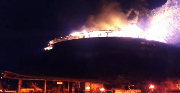 Un bombero herido fue el saldo de un incendio en hotel de Valle de Bravo