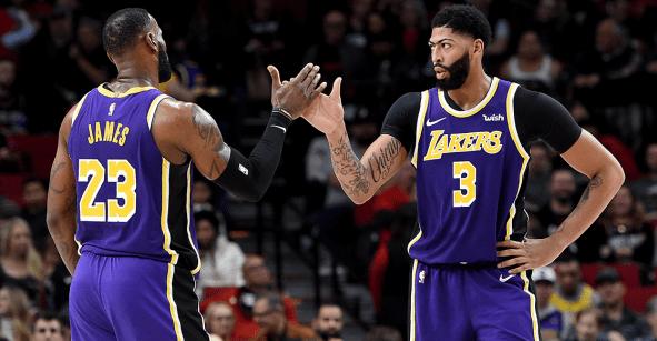 Lakers, fuertes en casa, pero invencibles fuera del Staples Center