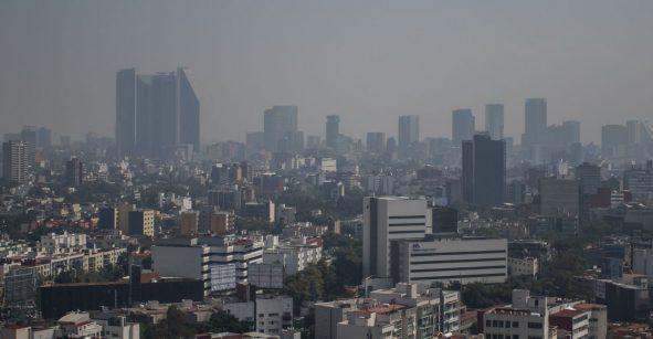 Pero sigan con sus cuetes: Hay mala calidad del aire en el Valle de México