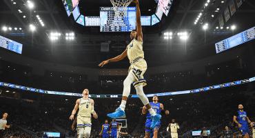 Los Lakers muy impresionantes y todo, pero los Bucks ya los bajaron del trono en la NBA