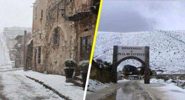 Ya llegó la Navidad: Acá las fotos y videos de la nevada que cayó en Real de Catorce