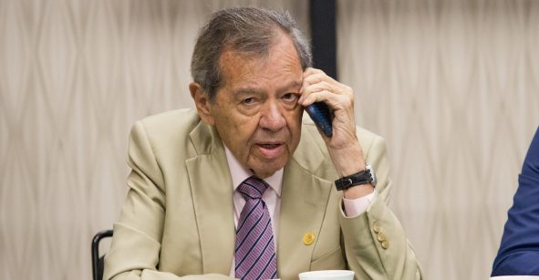 Que Calderón ni se emocione con México Libre;