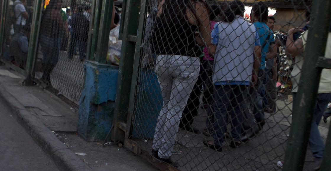 puestos-ambulantes-circunvalacion-la-merced-cdmx-trabajadoras-sexuales-01