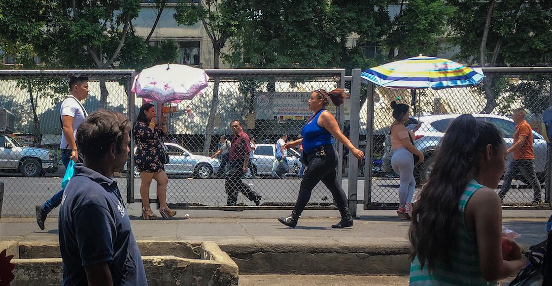 puestos-ambulantes-circunvalacion-la-merced-cdmx-trabajadoras-sexuales-02