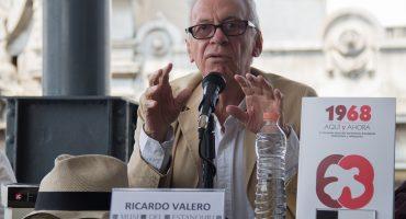Ofrecen parte médica de exembajador Valero: Conducta se debe a síndrome frontal