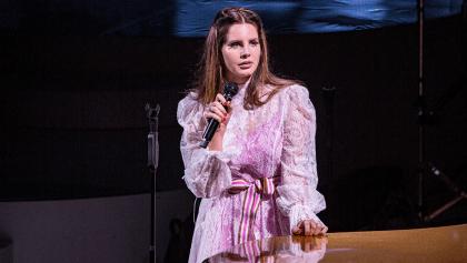 Lana Del Rey pide ayuda para recuperar los recuerdos familiares que le robaron