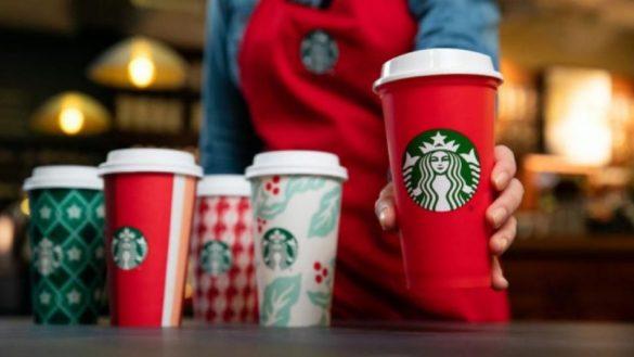 Los vasos navideños de Starbucks cumplen 22 años de tradición