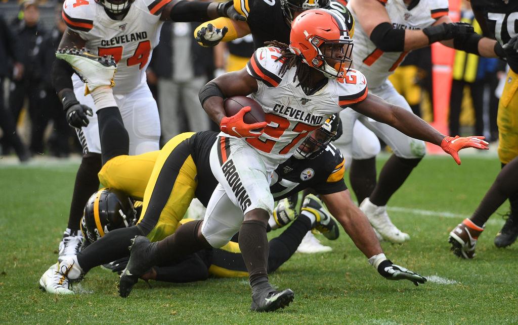 Steelers remontaron diferencia de 10 puntos y aplastaron a los Browns