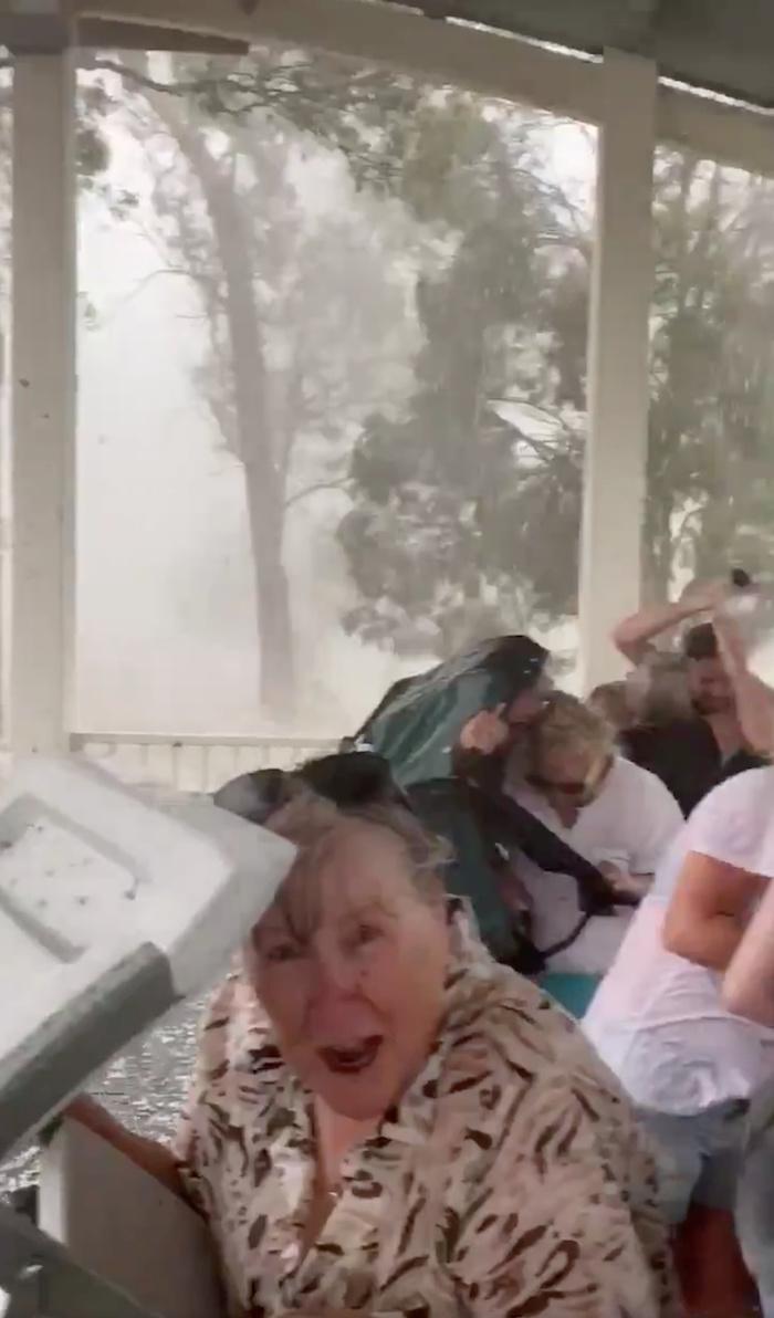 Australia-lluvias-tormentas-incendios