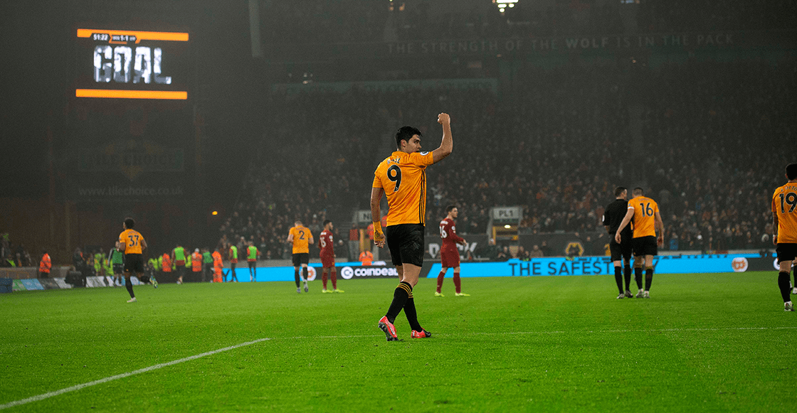 El gol de Raúl Jiménez que la Premier League nominó al mejor del mes