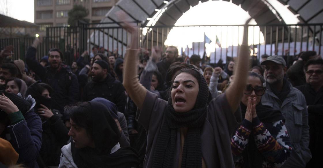 """Se desatan protestas en Irán contra la Guardia Revolucionaria por el derribo """"accidental"""" del avión ucraniano"""