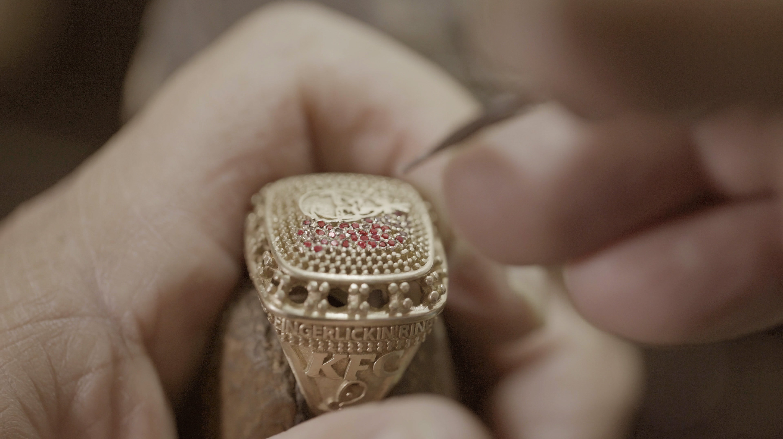 The finger lickin ring kfc super fan 01