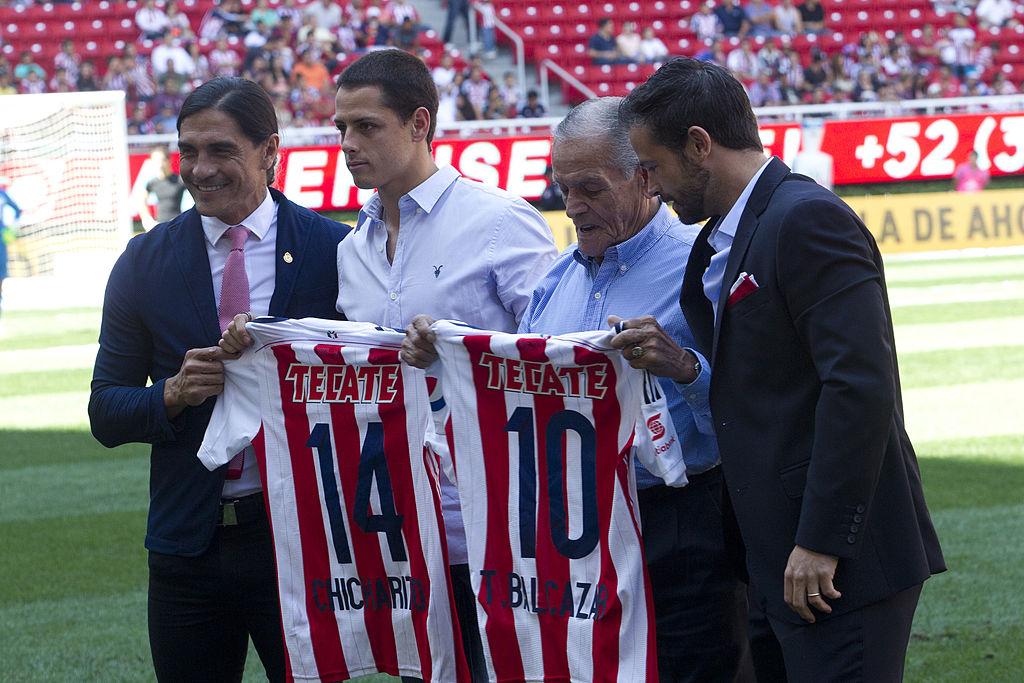 'Chicharito' Hernández le prometió a Jorge Vergara que regresaría a Chivas