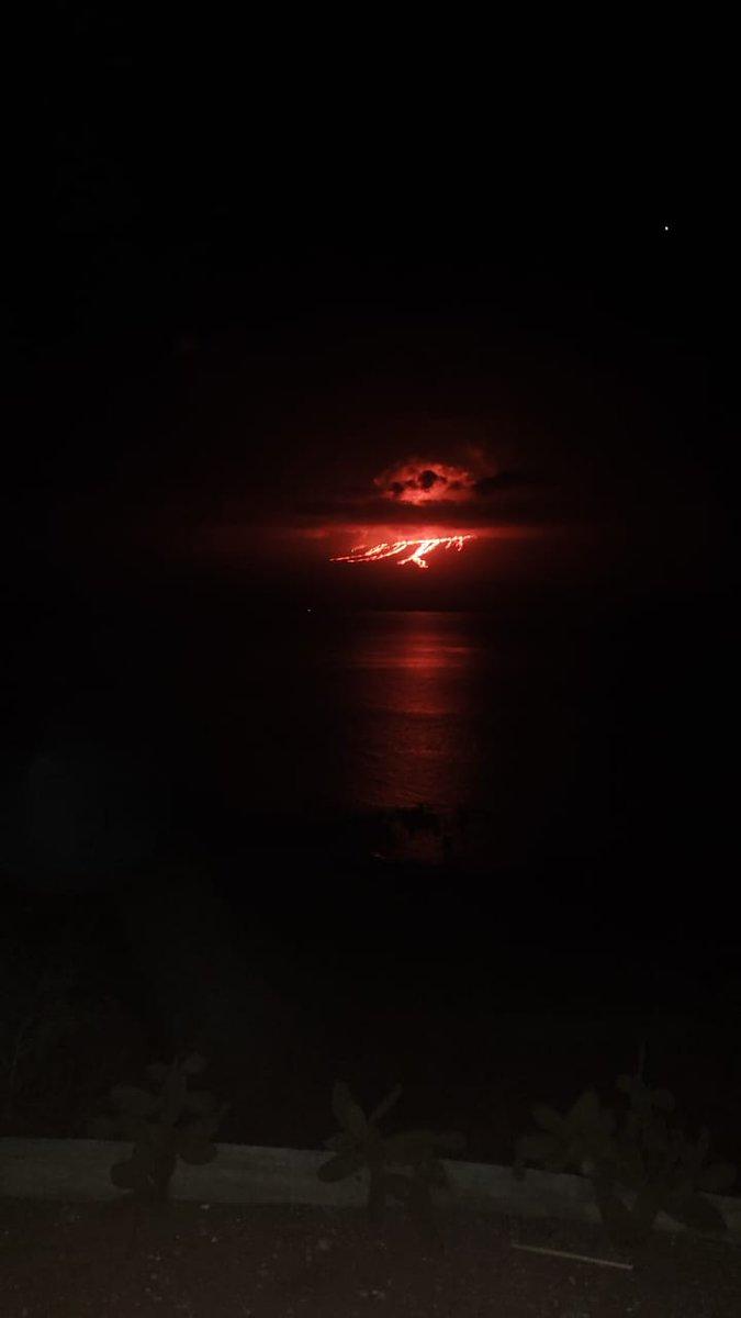 fotos-videos-erupcion-volcan-cumbre-galapagos-ecuador-02