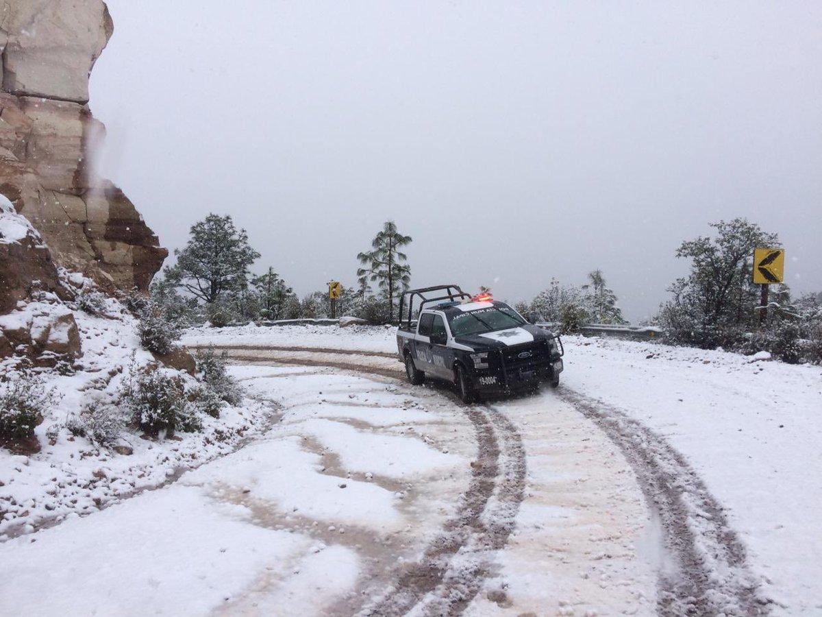 imagenes-fotos-nevada-durango-carretera-cerrada-01