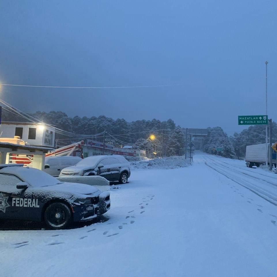 imagenes-fotos-nevada-durango-carretera-cerrada-05