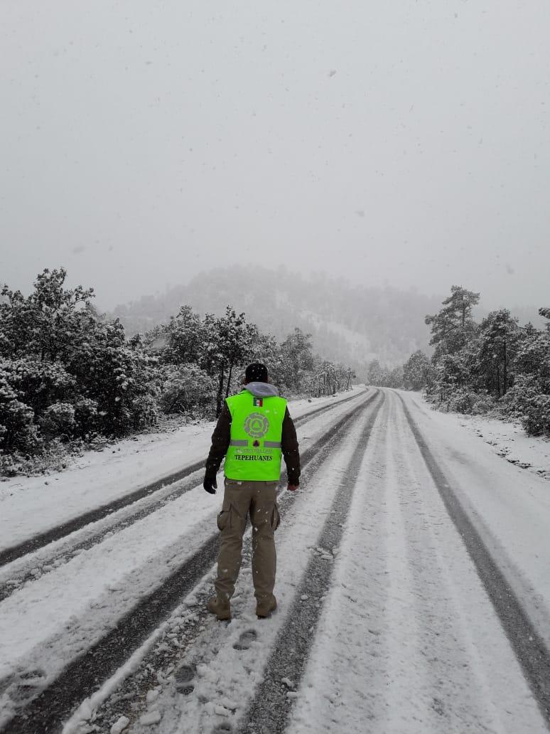 imagenes-fotos-nevada-durango-carretera-cerrada-08