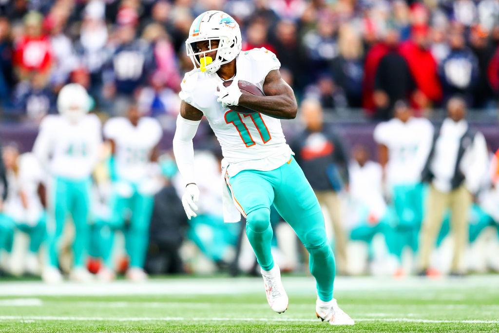 Delfines de Miami jugarían en México en 2020