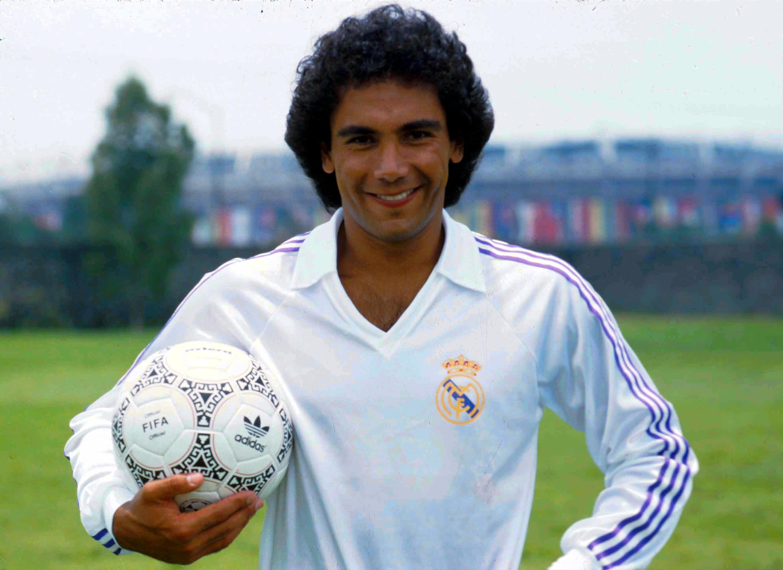 Raúl Jiménez se inspira en Hugo Sánchez, 'Chicharito' y otros grandes delanteros