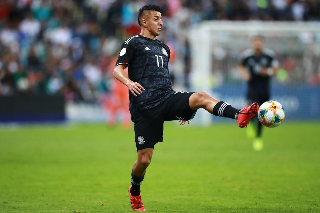 Los 6 equipos europeos que tienen en la mira a Roberto Alvarado 😱