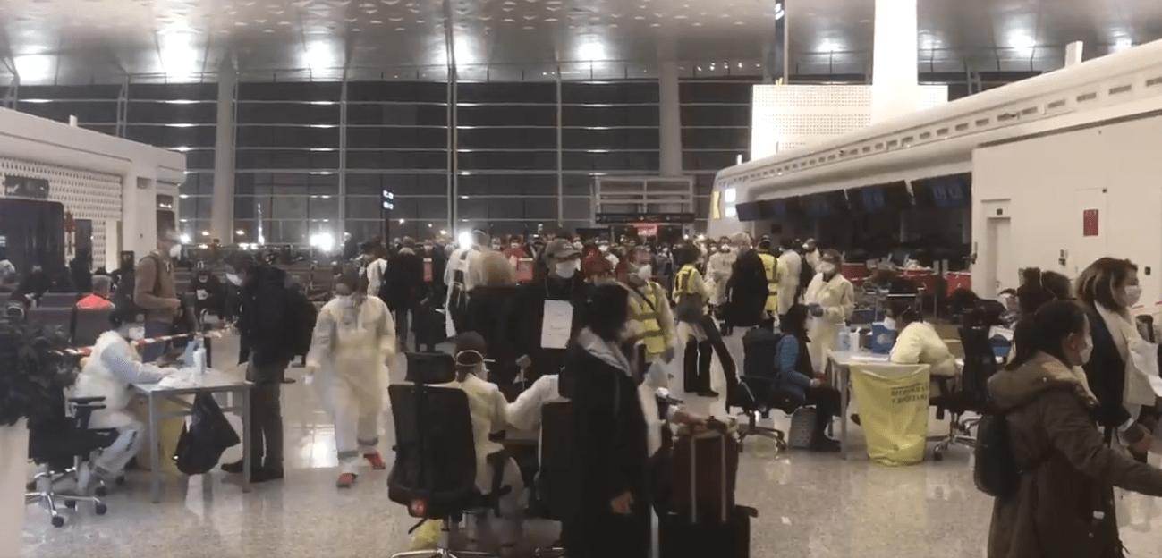 Regresarán mexicanos tras concluir exitosamente cuarentena en Francia por coronavirus