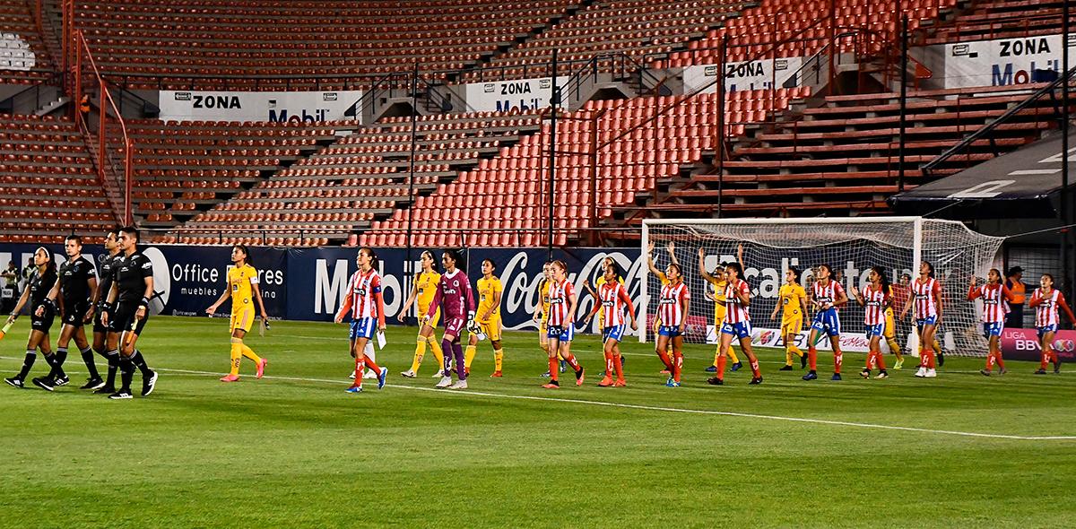 ¡Ni una más! Atlético San Luis Femenil se manifestó en contra de la violencia de género