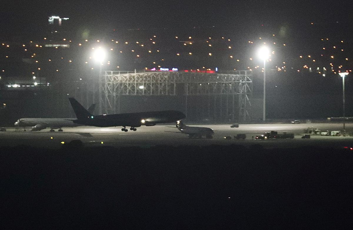 ¡Como de película! Avión de Air Canada aterriza de emergencia en Madrid