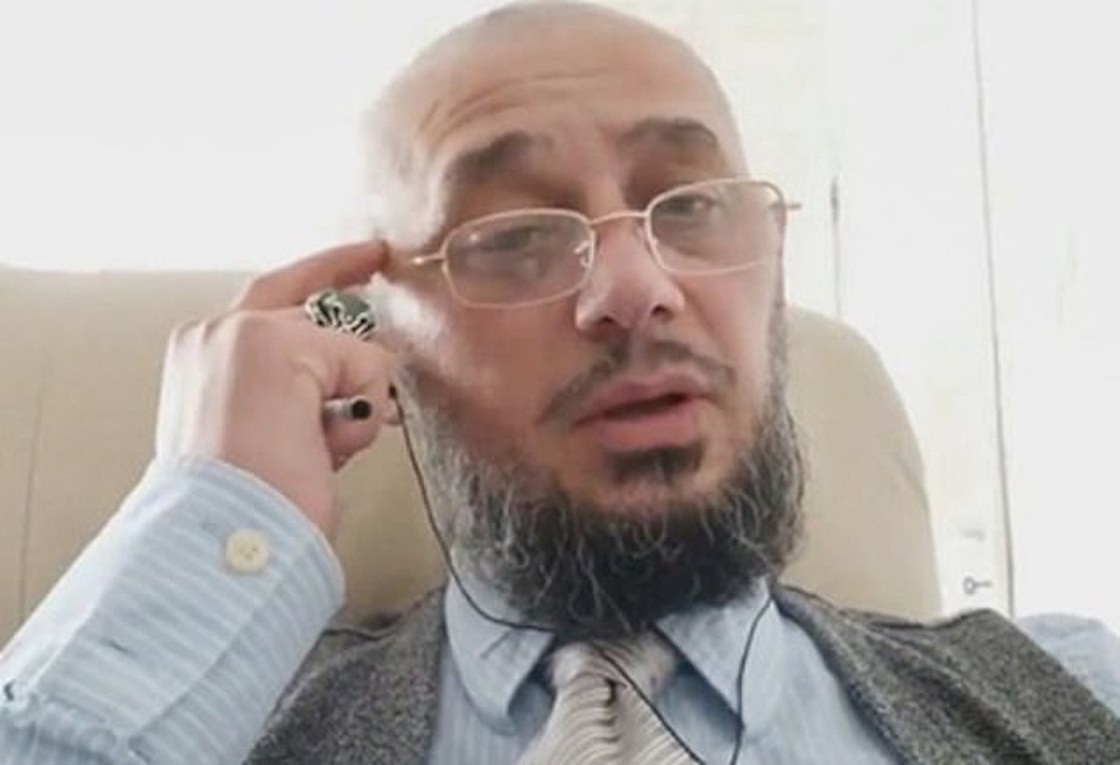 chechenia-blogger-videos-politica-rusia-putin-asesinado-hotel-francia-02