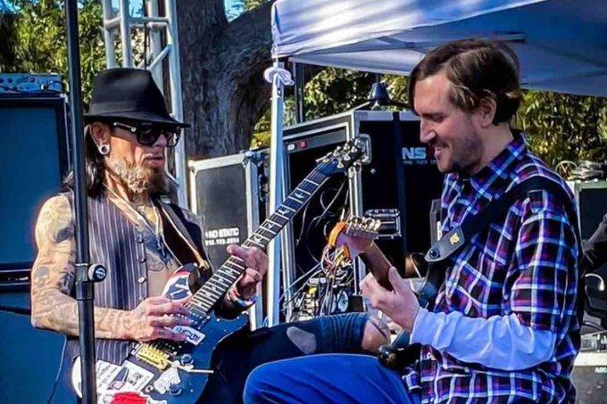 ¡Sucedió! John Frusciante tocó con los Red Hot Chili ...