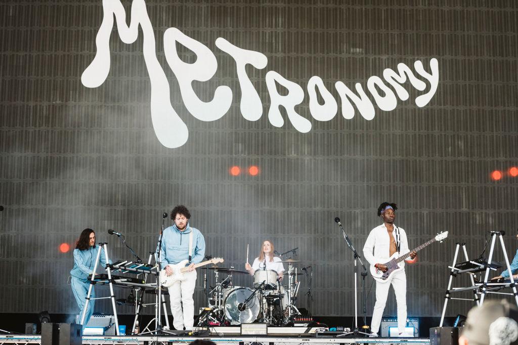 ¿Sin plan para el viernes? ¡Te llevamos al concierto de Metronomy en la CDMX!