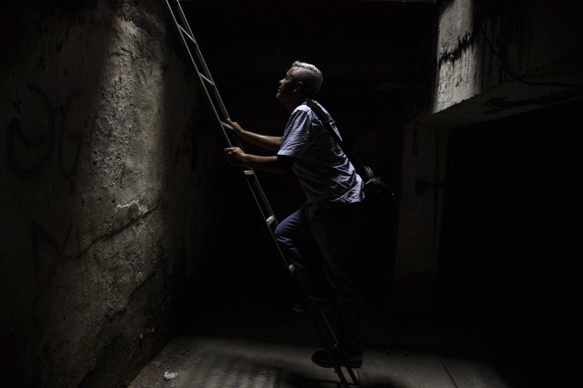 ¡Tiembla Chapo! Encuentran túnel secreto que conecta Los Pinos con Bosque de Chapultepec