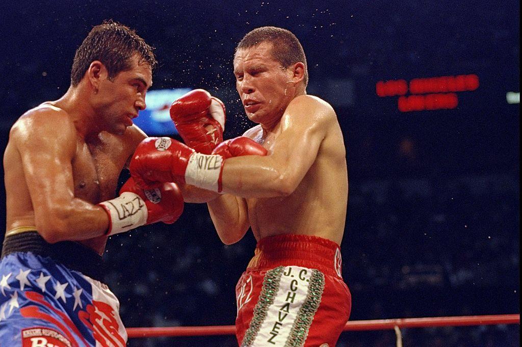 Paren todo: ¡Habrá tercera pelea entre Julio César Chávez y Óscar de la Hoya!