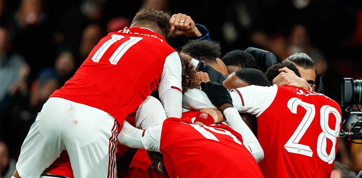 Llegó a la Premier: Arsenal pospuso partido ante el City por sospecha de coronavirus en algunos jugadores