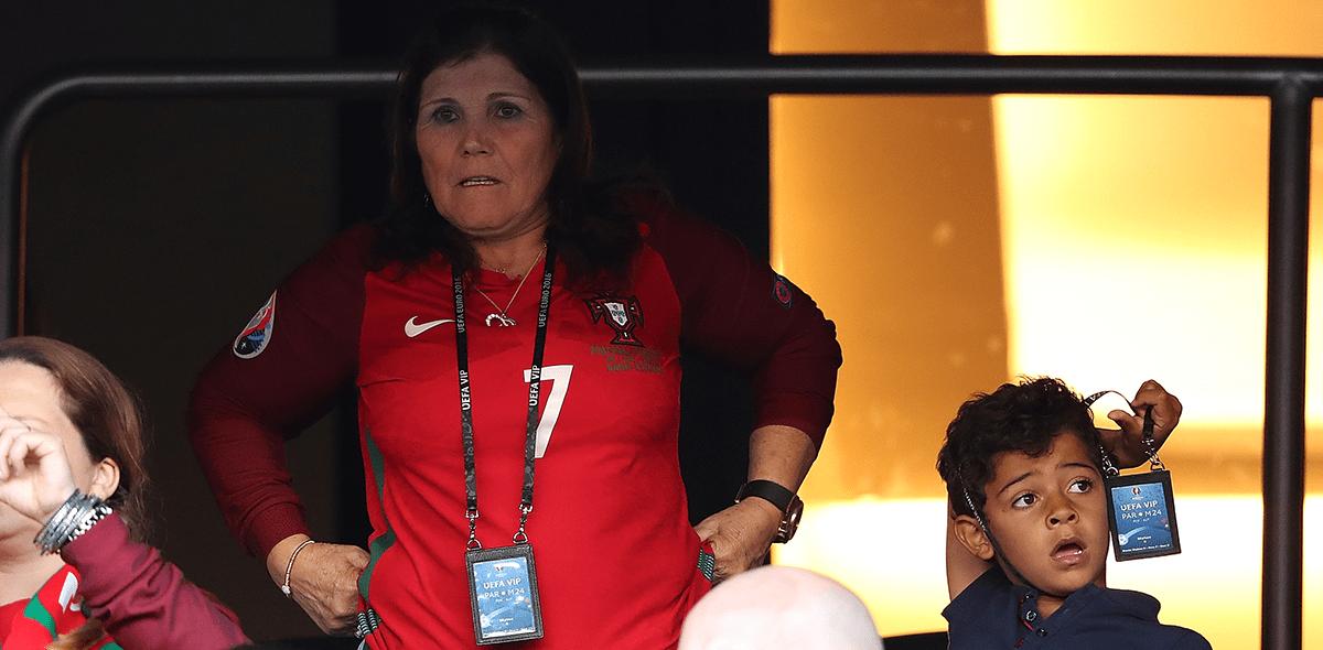 Te explicamos cómo fue el ataque cerebral que sufrió la mamá de Cristiano Ronaldo