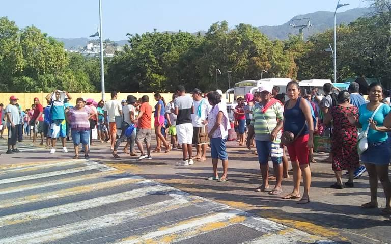 comerciantes-bloquean-acapulco