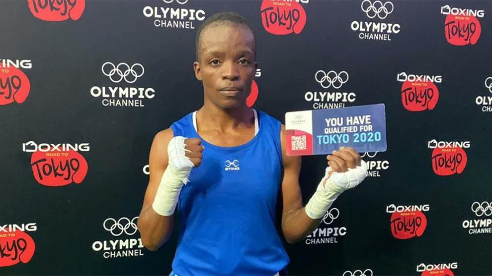 Ella es Christine Ongare, boxeadora que clasificó a Tokio 2020 tras embarazo a los 12 años