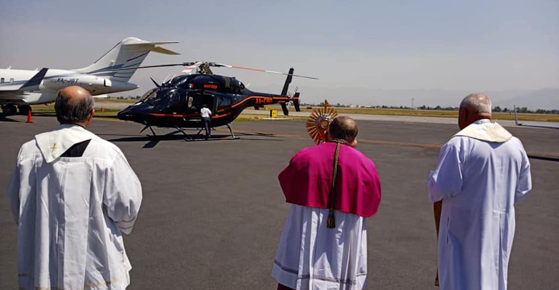sacerdote-vuelo-toluca-helicoptero-bendice-coronavirus-video-covid-estado-mexico-01