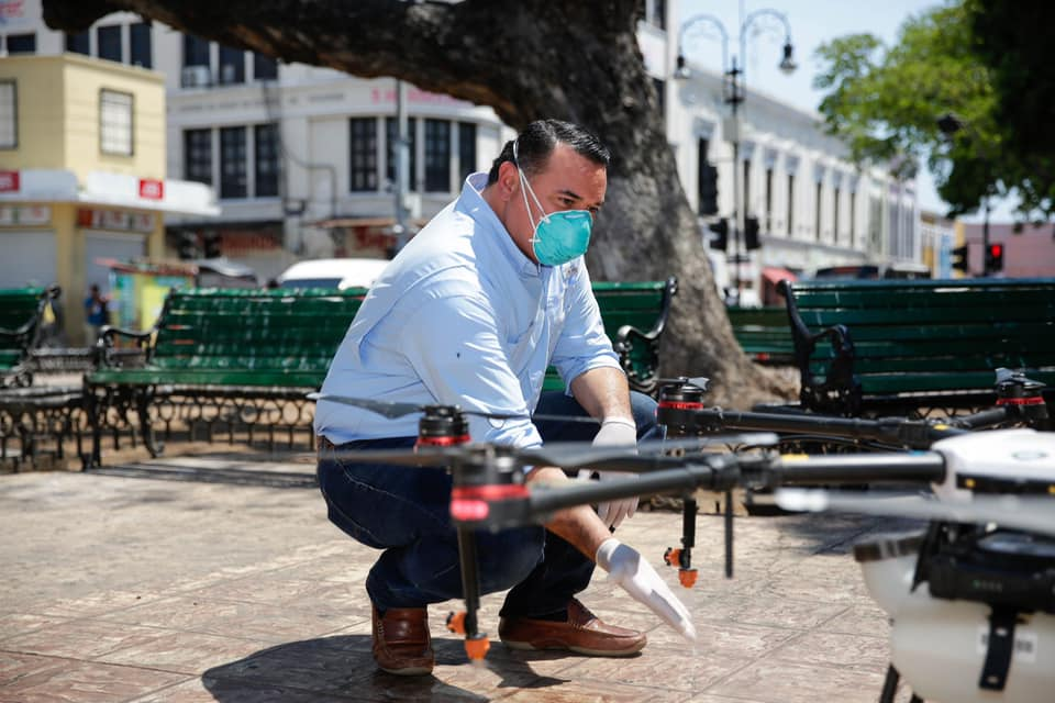 Yucatán usa drones para sanitizar espacios públicos — Coronavirus