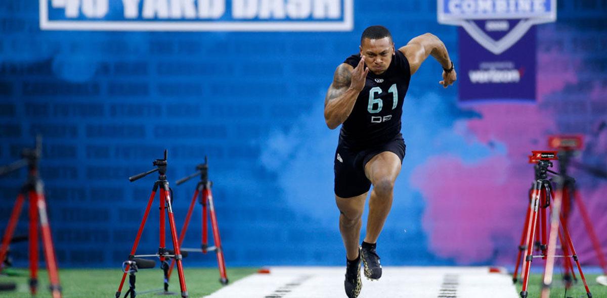 Antoine Winfield Jr., el safety que superó los prejuicios de estatura jugará con