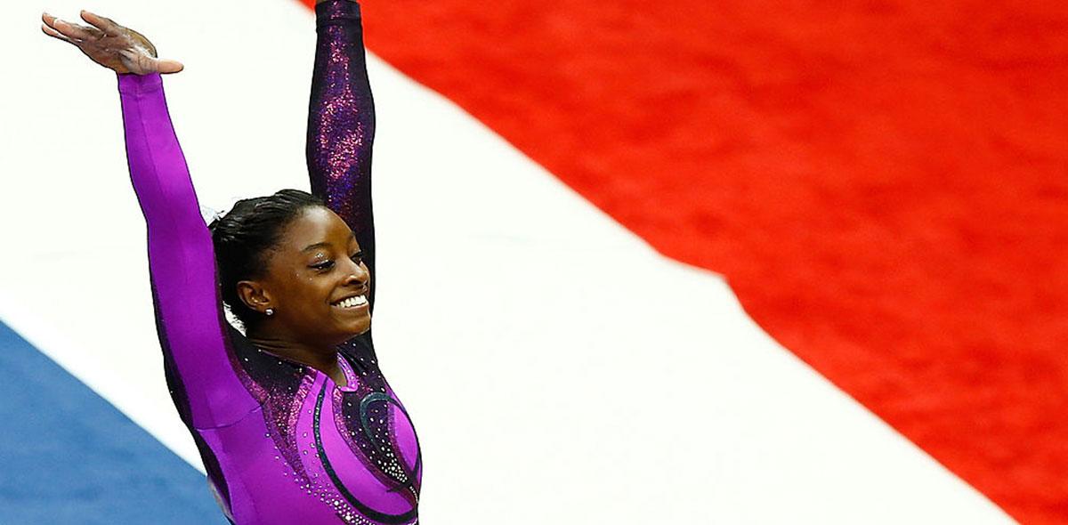 Ellas en el deporte: Simone Biles, la gimnasta que superó tragedias para conquistar el mundo