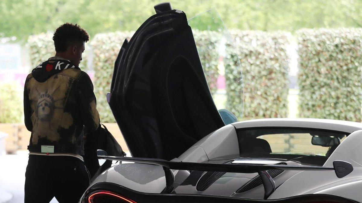 ¿Y el nuestro? Bayern Múnich multará a Kingsley Coman por usar un auto 'inapropiado'