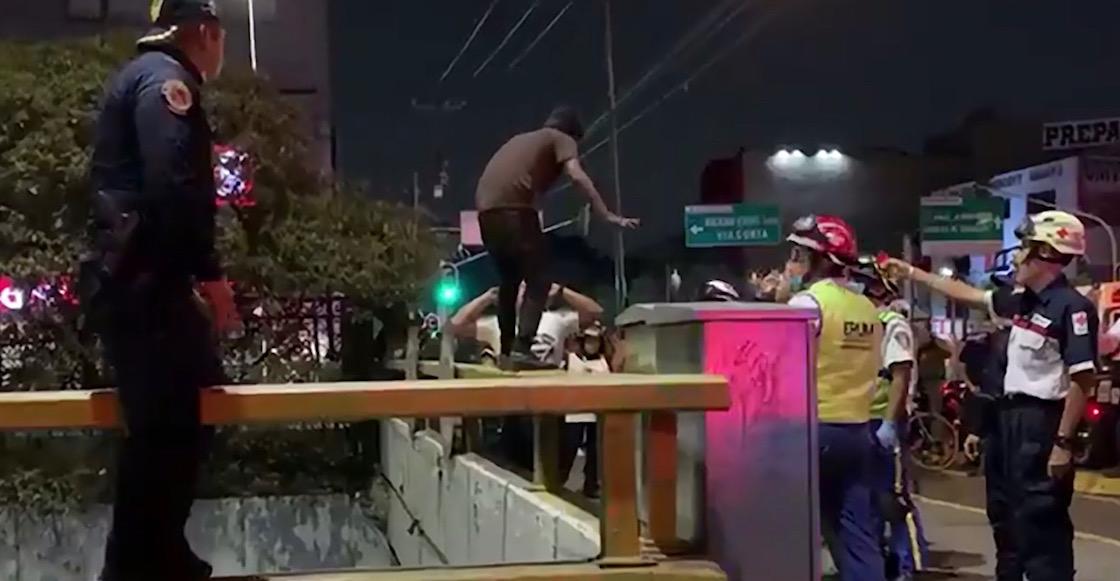 policia-evita-suicidio