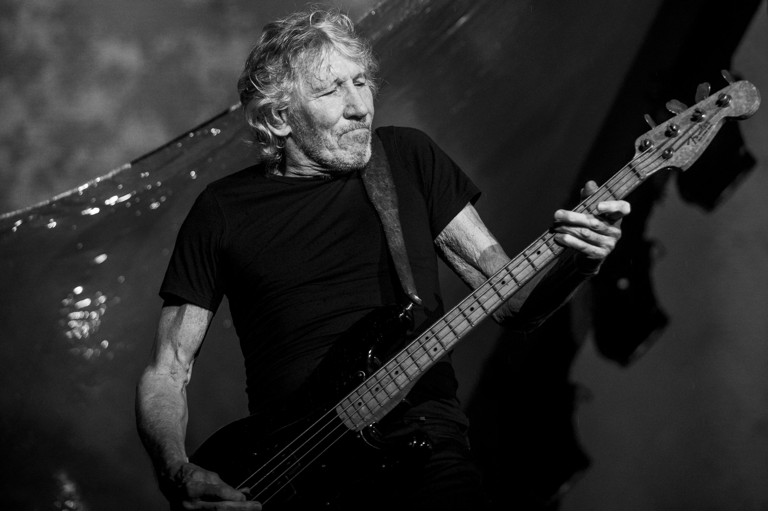 roger-waters-111