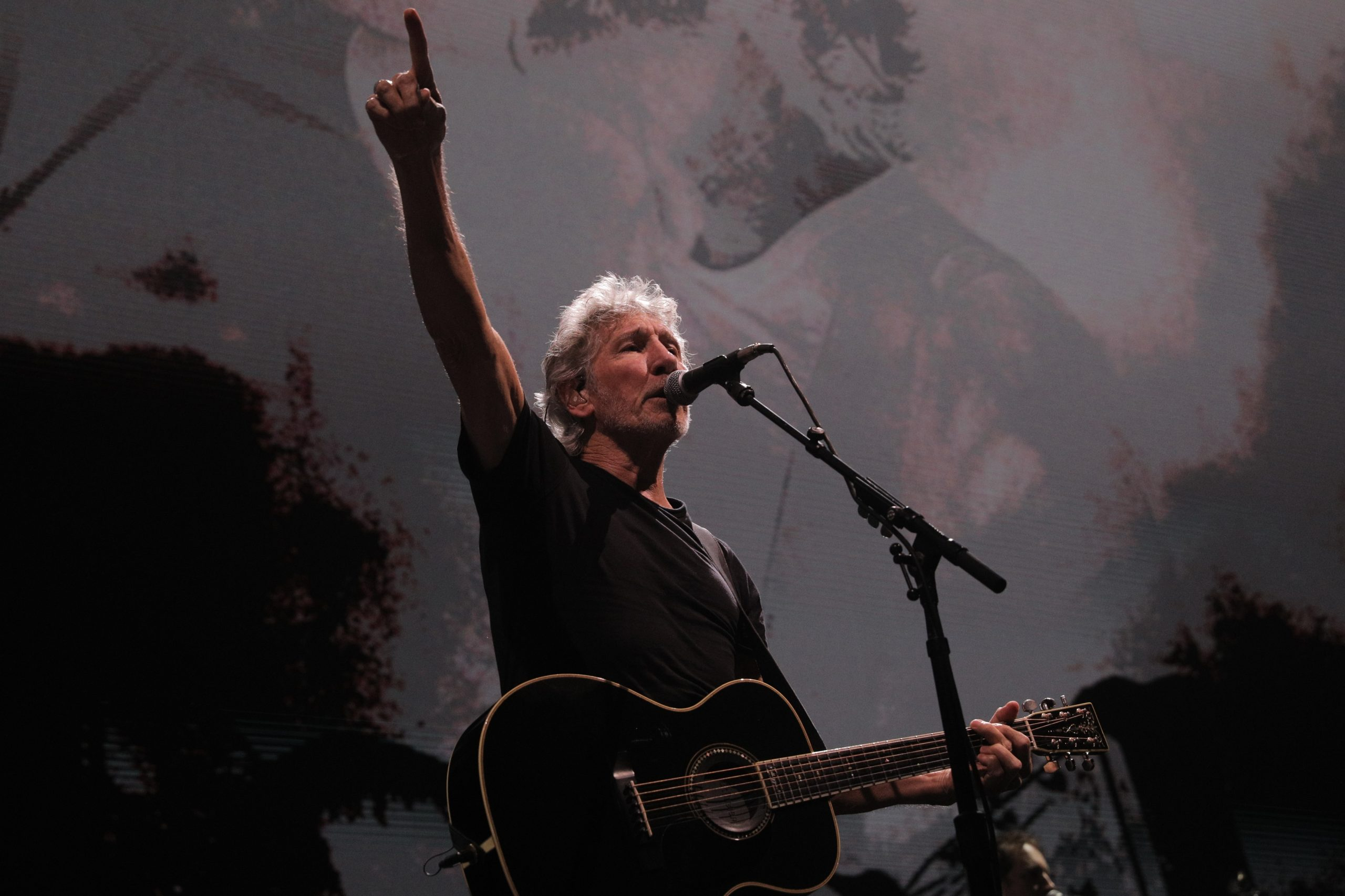 roger-waters-112