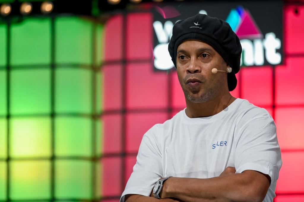 Acusan a Ronaldinho por apuestas ilegales; quería llevar el negocio a Paraguay