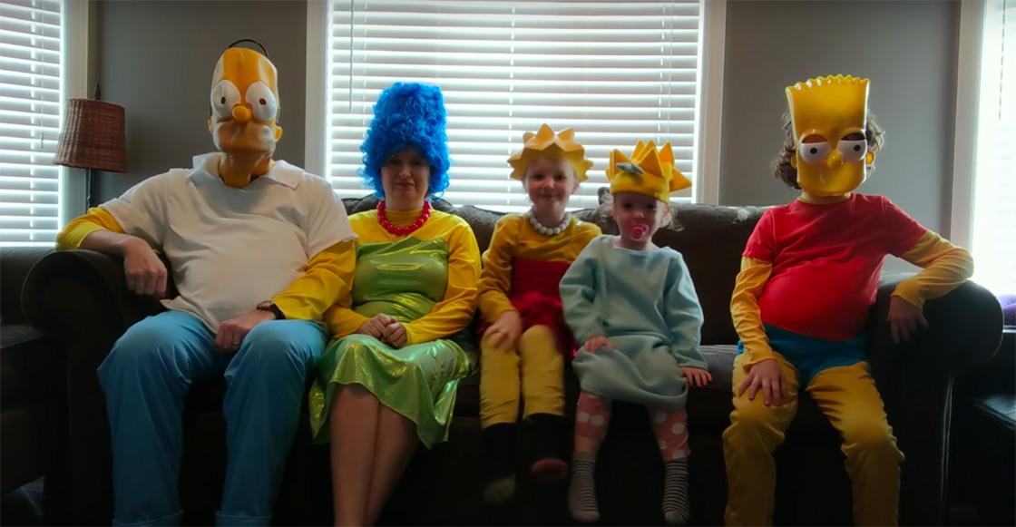 D'oh! Familia aburrida por la cuarentena graba intro de 'Los Simpson'