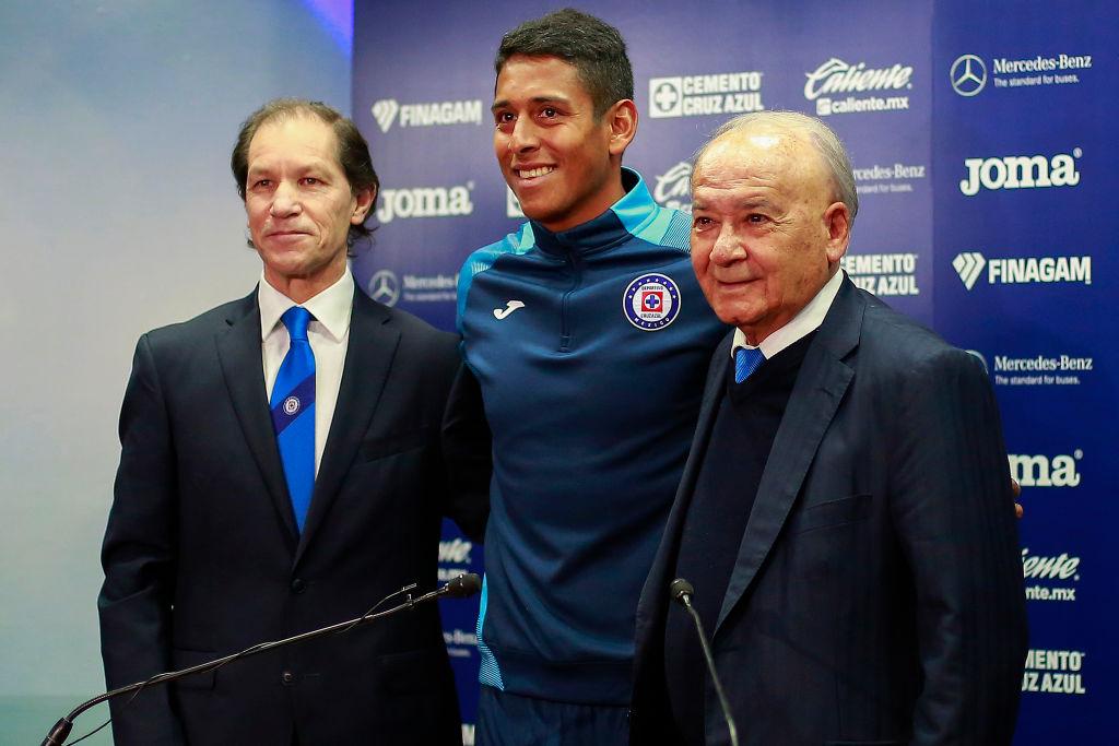 La UIF descongela cuentas de Cruz Azul para cumplir con sueldos de jugadores