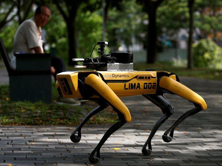 Los perros robot de Boston Dynamics vigilan el confinamiento en Singapur