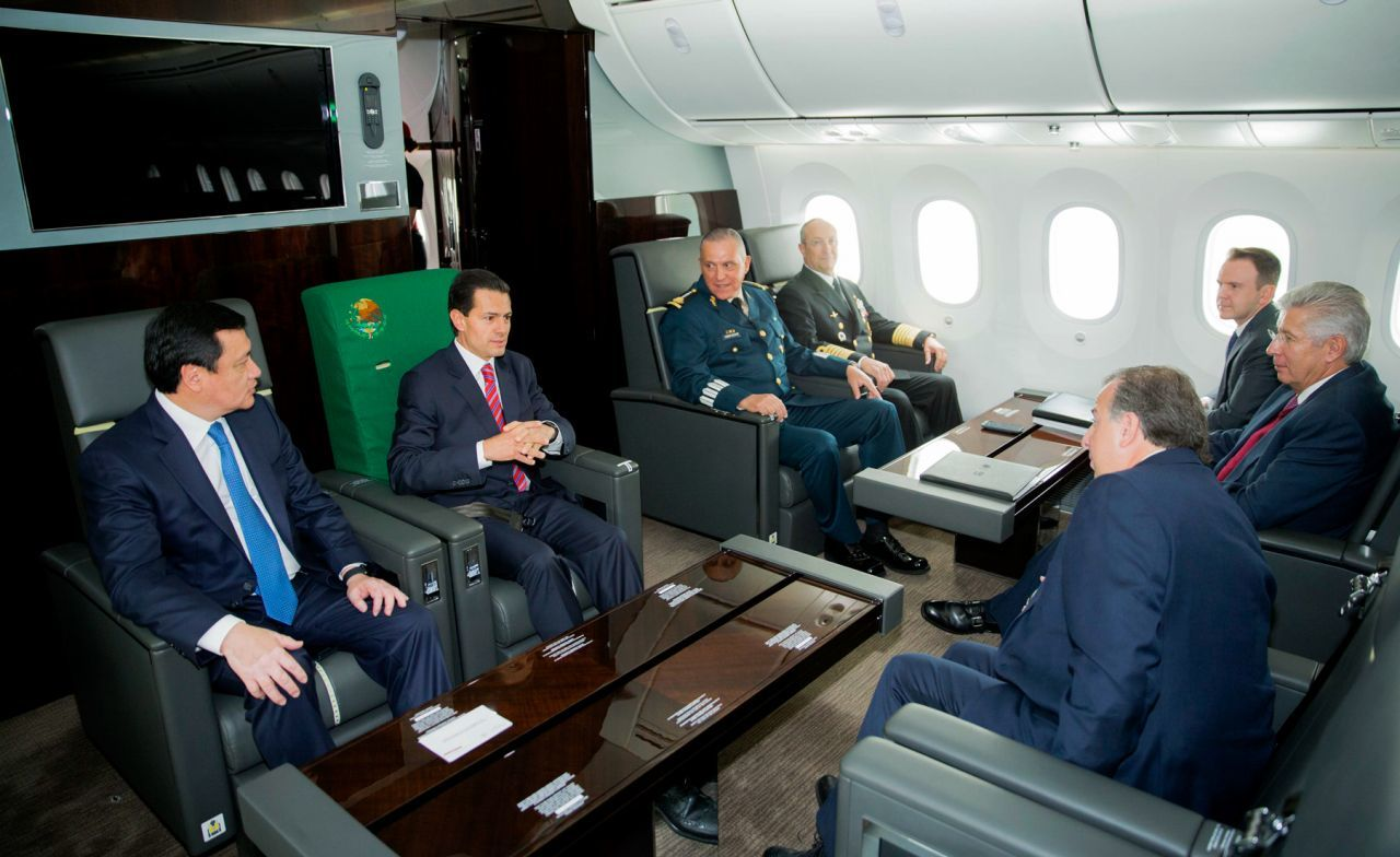 Viajes de Peña Nieto en el avión presidencial costaron más de 300 millones de pesos